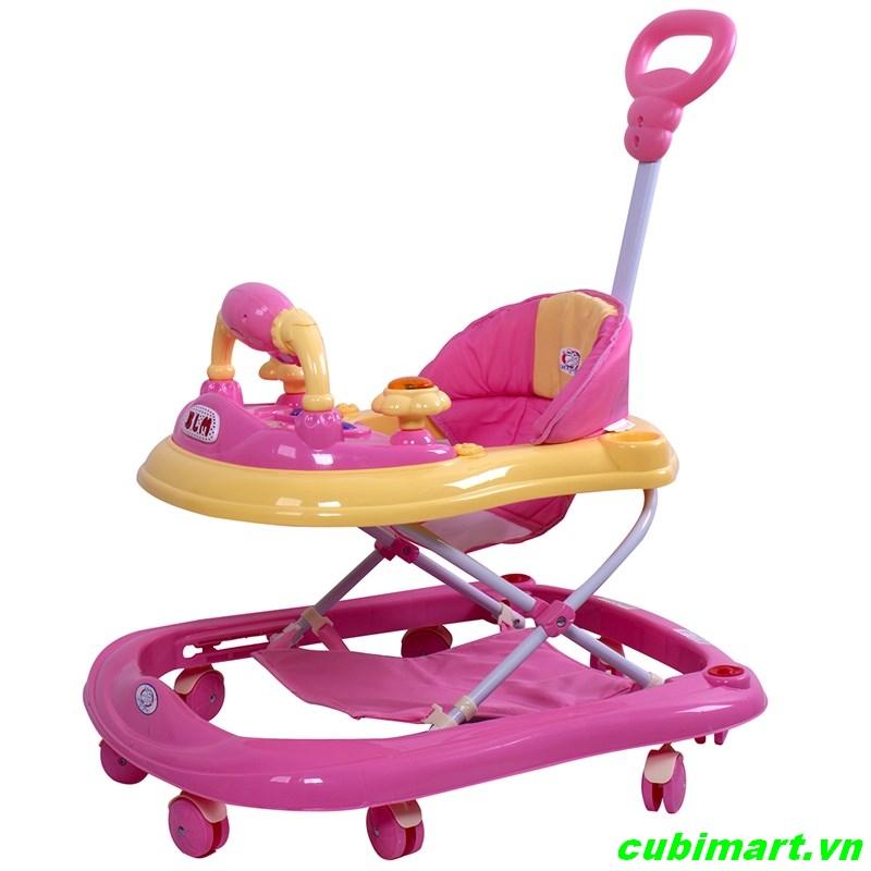 Mẹ và bé xe cho bé xe tập đi tập đứng